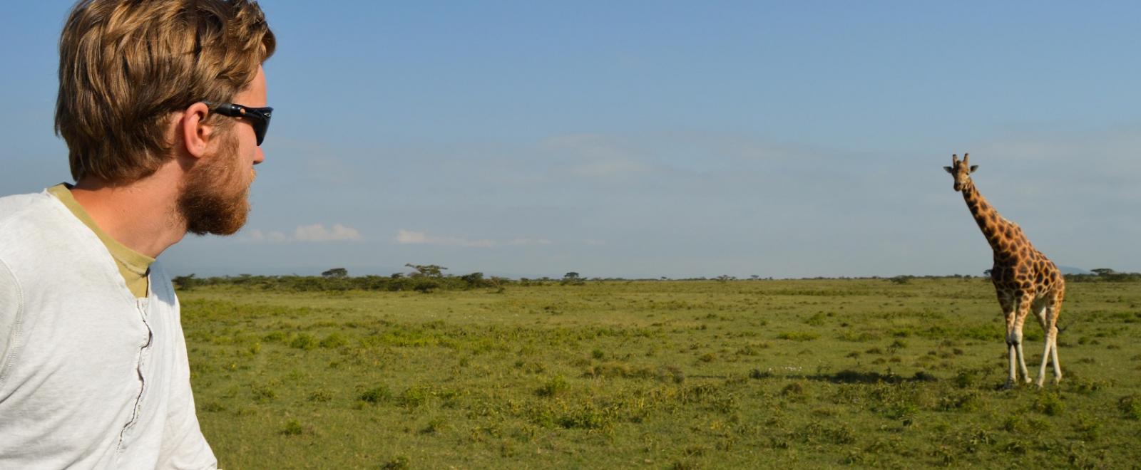 Projects Abroad volunteer gathers data on Giraffes in Kenya